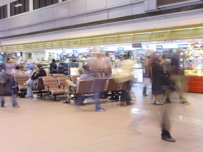 shopping-experience-airport.jpg